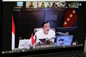 Menko Luhut Pimpin Video Conference Rapat Koordinasi Terkait alat dan mesin pertanian