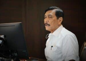 Menko Luhut Pimpin Video Conference Rapat Koordinasi Tentang Pembiayaan Tol Sumatera