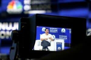 Menko Luhut menjadi Pembicara dalam CNBC Indonesia Economy Outlook 2021 di Studio 2 CNN Jakarta