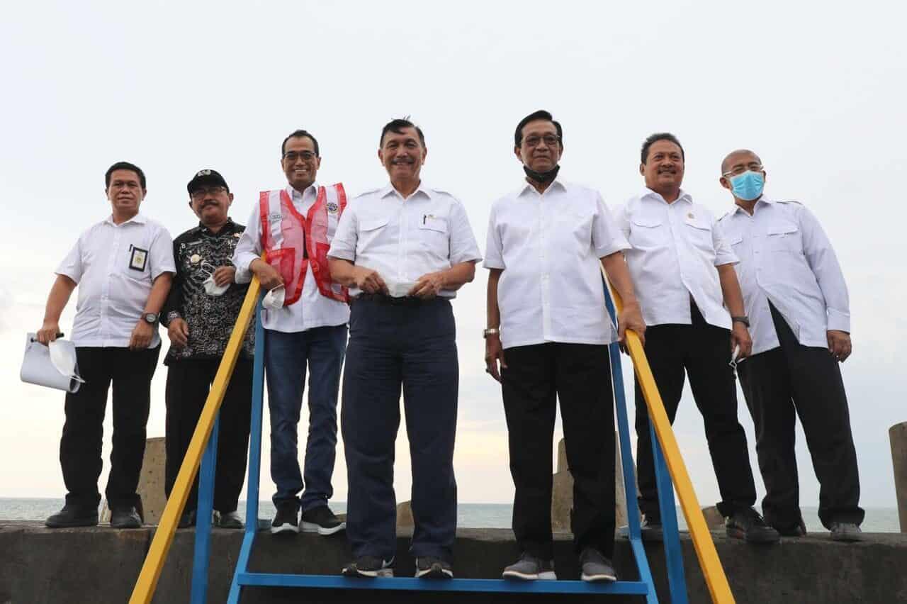 Menko Luhut: Penyelesaian Masalah Pelabuhan Perikanan Tanjung Adikarto dan Kawasan Bandara YIA Harus Terintegrasi