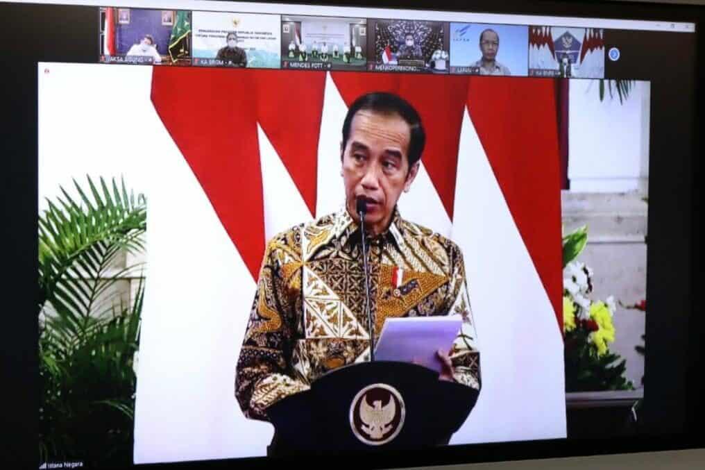 Menko Luhut Menerima Arahan Presiden terkait Karhutla