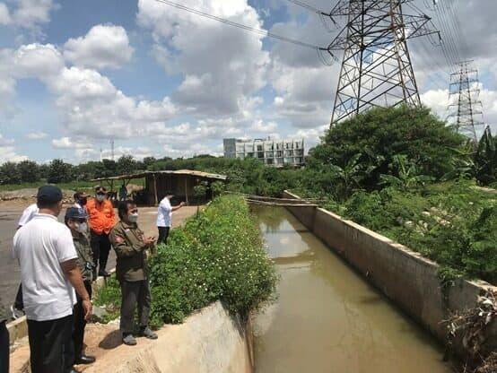 Kemenko Marves Tinjau Penanganan Banjir Kali Cakung
