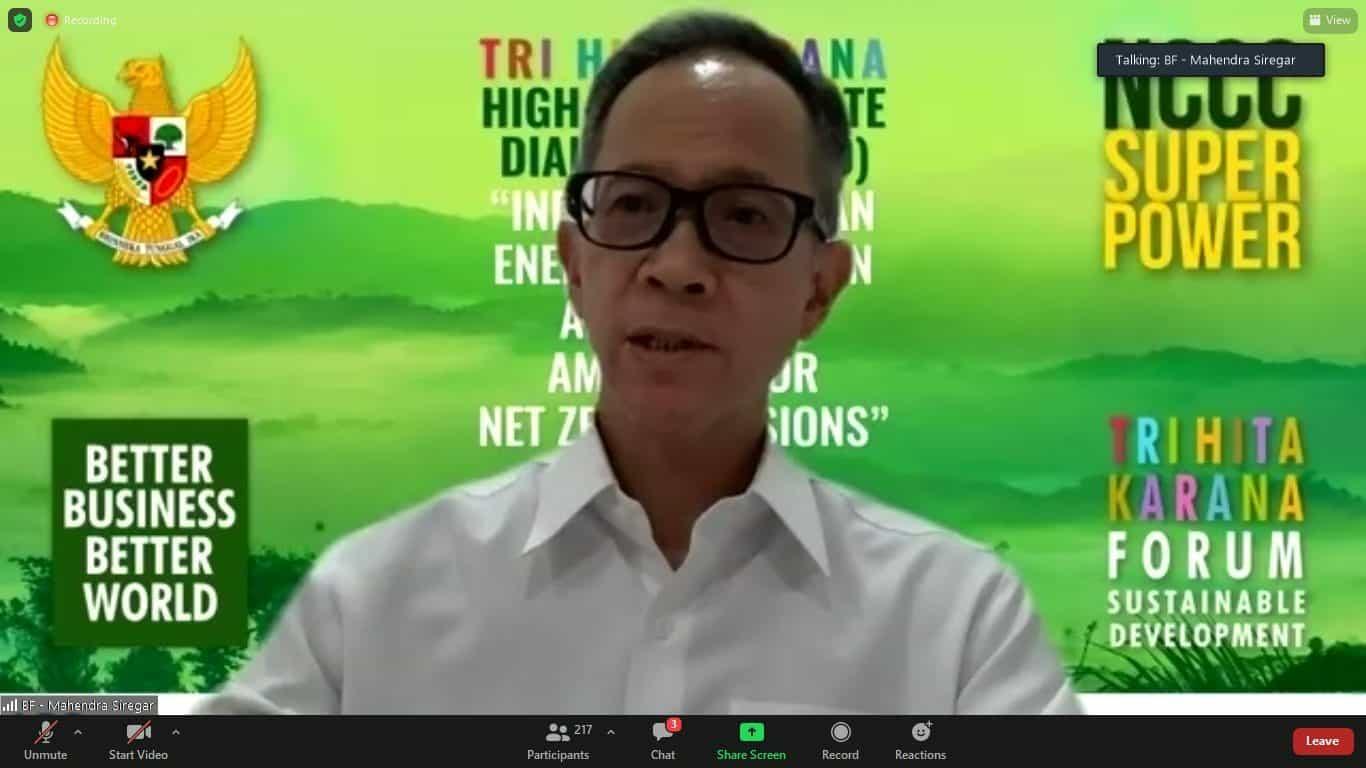 Menko Luhut Bahas Karbon dan Energi Bersih dalam Dialog Tri Hita Karana