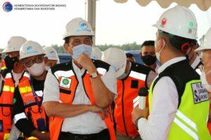"""Tinjau Perkembangan Bandar Udara Kediri, Menko Luhut: """"Selesai Tepat Waktu Pada Pertengahan 2023"""""""