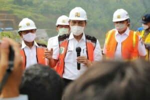 Menko Luhut Minta Penanganan Banjir Jakarta Dilakukan Secara Terintegrasi