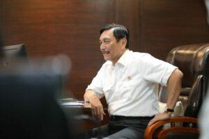 Menko Luhut Melaksanakan Vidcon meeting dengan Senior Minister Teo Chee Hean