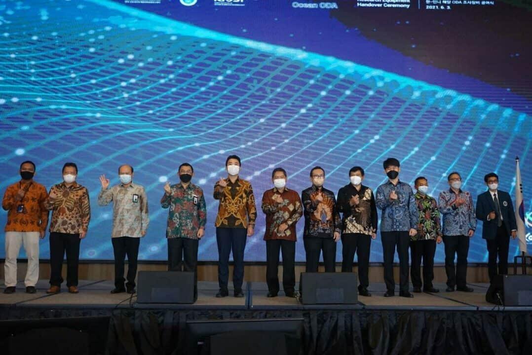 Kuatkan Kerja Sama Riset Teknologi Kelautan Perikanan, Indonesia dan Republik Korea Laksanakan Peresmian Penyerahan Peralatan Riset Laut ODA